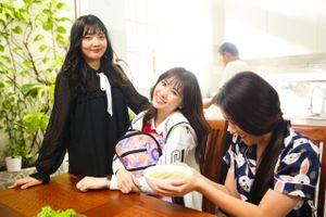 Em gái út của Hari Won lần đầu tiết lộ những bí mật trong gia đình