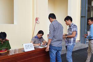 Hai bị cáo vụ đánh bạc ngàn tỉ nộp tiền khắc phục hậu quả tại tòa