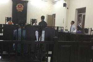 Xét xử vụ TNGT làm chết người ở Phú Yên: Công tố viên nói nhân chứng 'hơi say' nên đủ tỉnh táo khai báo