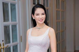 Người đẹp Thủy Hương cùng loạt mỹ nhân tề tựu ở sinh nhật Giáng My
