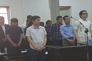 Hàng loạt cựu cán bộ ngân hàng hầu tòa vì tiếp tay cho nguyên Chủ tịch HĐQT lừa đảo