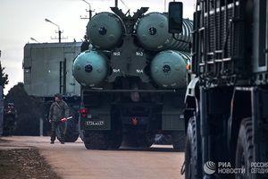 Báo Mỹ: Việt Nam rất 'quan tâm' đến tên lửa S-400 của Nga