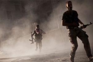 Vỡ trận ở Syria, hàng trăm chiến binh IS tháo chạy sang Iraq