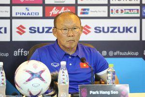 Thầy Park 'vạch trần' chiêu trò tung hỏa mù của đối thủ Malaysia