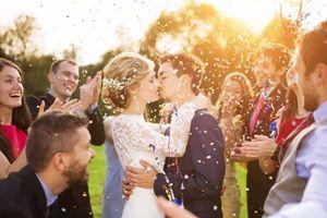 Quan điểm về hôn nhân truyền thống đang 'chết dần' ở giới trẻ Anh
