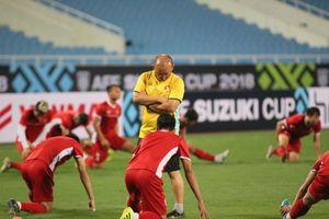 Tuyển Việt Nam luyện 'chiêu tủ' chờ đấu Malaysia ở Mỹ Đình