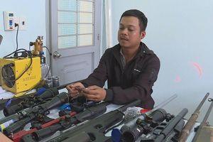 Thanh niên chế tạo cả 'kho' súng đạn bằng linh kiện đặt mua trên mạng