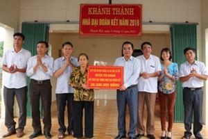 Ninh Bình: Trao nhà 'Đại đoàn kết' cho các hộ nghèo
