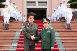 Bộ trưởng Quốc phòng Cộng hòa Belarus thăm chính thức Việt Nam