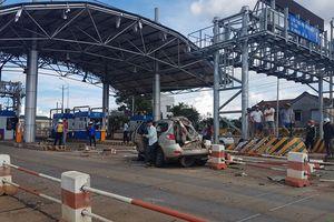 Tai nạn liên tiếp trên đoạn dốc dài trước trạm BOT Liên Đầm