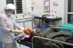 Lào Cai: Bắt 2 anh em ruột dùng ống điếu đánh người tử vong