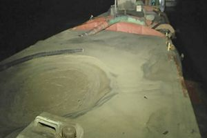 Hải Dương: Liên tiếp phát hiện, bắt quả tang các đối tượng khai thác cát trái phép