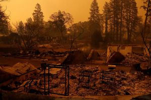 Cháy rừng California: Cảnh hoang tàn khi 'Thiên đường' bị thiêu rụi
