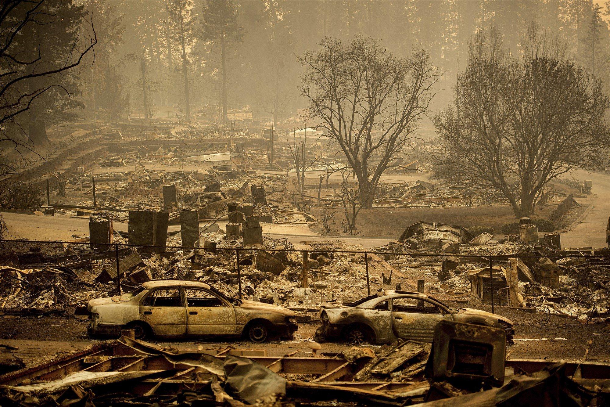 Thảm họa cháy rừng California: 56 người chết, chưa kiểm soát được đám cháy