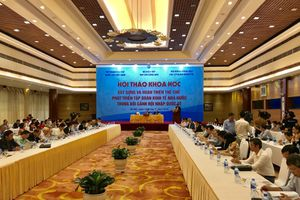 Xây dựng và hoàn thiện thể chế phát triển tập đoàn kinh tế nhà nước trong bối cảnh hội nhập quốc tế