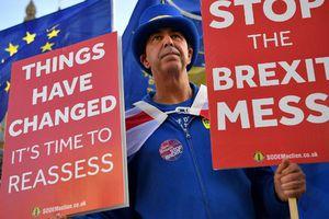 Bản tin audio Thế giới tuần qua số 37: Sóng gió Brexit 'tái khởi' bất chấp cả Anh, EU đều xuống thang?