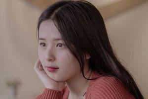 Hot girl Thảo Nari lần đầu tiết lộ về mối tình với cầu thủ U23