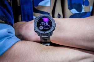 Smartwatch tiêu chuẩn quân đội Mỹ, giá 7,5 triệu đồng