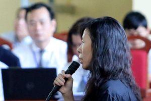 Chị họ của Phan Sào Nam khóc trước tòa, nói lời hối hận
