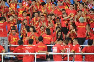 Người hâm mộ sẵn sàng 'tiếp lửa' cho đội tuyển Việt Nam