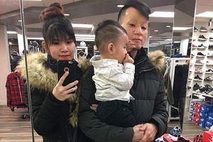 Cuộc sống viên mãn bất ngờ của cặp đôi 'chồng xấu – vợ xinh' từng gây sốt mạng xã hội 4 năm trước