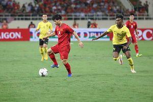 Việt Nam - Malaysia 1- 0 (H1): Sân Mỹ Đình 'nổ tung', người hâm mộ vỡ òa hạnh phúc