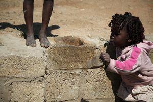 Thiếu nhà vệ sinh trường học đe dọa an toàn của 620 triệu trẻ em