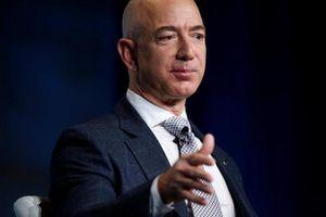 Tỉ phú Jeff Bezos dự báo Amazon có ngày… sập