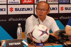 Thắng Malaysia, HLV Park Hang Seo chỉ ra điểm mạnh của Công Phượng