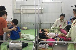 Hà Nội: Hơn 100 trẻ mầm non nhập viện sau bữa ăn ở trường