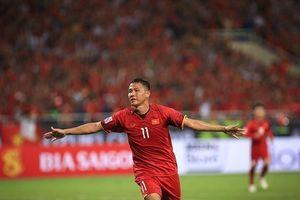 Hạ Malaysia 2-0 tại chảo lửa Mỹ Đình, Việt Nam đặt 1 chân vào bán kết