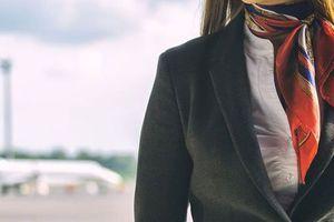 Nữ tiếp viên hàng không tố bị đồng nghiệp tấn công