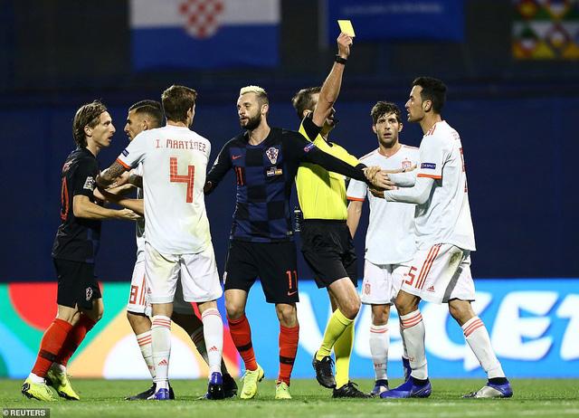 Croatia 3-2 Tây Ban Nha: Sai lầm hàng thủ, 'bò tót' nguy cơ tuột vé bán kết