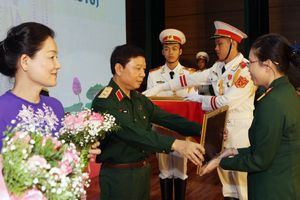 Tôn vinh 135 tập thể, cá nhân điển hình trong Phụ nữ Quân đội