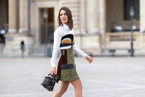 Muôn kiểu phối áo khoác và boots trắng giúp bạn tôn dáng, sành điệu