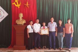 Hà Tĩnh: Một học sinh nhặt được hơn 30 triệu đồng tìm người trả lại