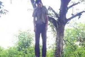 Thanh Hóa: Nam kế toán xã treo cổ tự tử tại nhà riêng