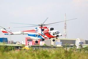 Cận cảnh 'huyền thoại trực thăng' Mi-171A2 và Ansat Nga lần đầu cất cánh ở Hà Nội