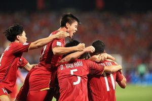 Đánh bại Malaysia: Việt Nam tiến vào bán kết AFF Cup 2018 trước sự vỡ hòa của hàng triệu người hâm mộ