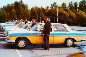 Tại sao cảnh sát Liên Xô được cấp xe Porsche, Mercedes, BMW để làm nhiệm vụ?