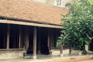 Nhà cổ ở làng Cự Đà ngày thêm vắng bóng