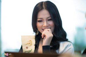 Hoa hậu Phương Khánh: 'Thích được khen là thông minh'