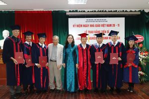 Viện Văn hóa Nghệ thuật Quốc gia Việt Nam kỉ niệm ngày Nhà giáo Việt Nam và trao bằng tiến sĩ