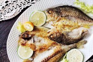 Cách ướp giúp món cá rán thơm ngon, bên ngoài giòn tan bên trong mềm ngọt