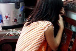 30 trinh sát truy tìm thanh niên hiếp dâm bé gái 6 tuổi