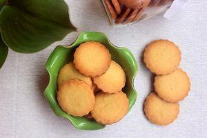 Làm bánh quy bơ vị quế giòn tan khiến bé thích mê