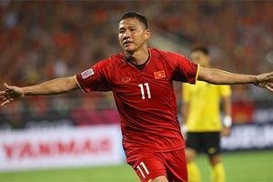 Anh Đức tiết lộ lý do ngăn CĐV ném chai nước vào trọng tài và cầu thủ Malaysia