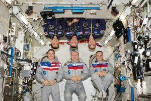 Trạm vũ trụ quốc tế lSS đối mặt nguy cơ bị bỏ không