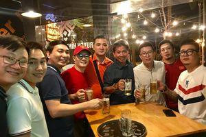 Muôn cách sao Việt ăn mừng trước chiến thắng của tuyển Việt Nam