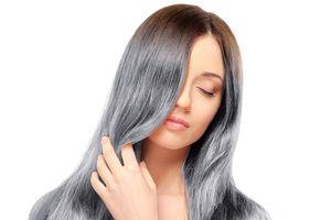 Gội đầu theo cách này tóc bạc đen trở lại, bóng mượt lạ thường